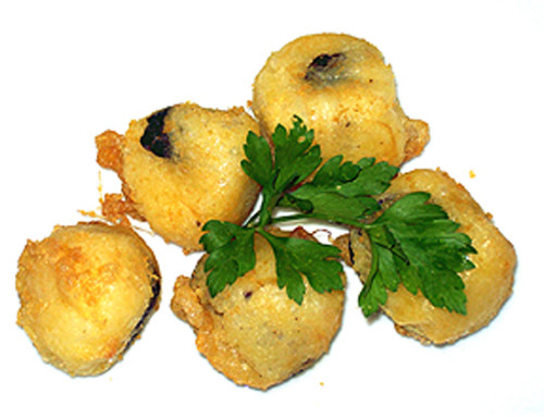 Potato balls stuffed with black pudding