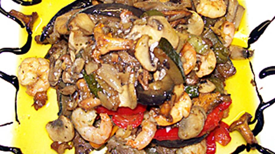 chicken-wok-and-mushrooms